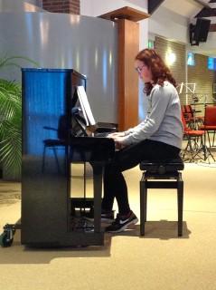 pianoleerling roodharig